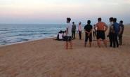 Quảng Ngãi: Rủ nhau tắm biển, 2 học sinh tử vong