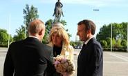 Quyền lực hoa hồng lợi hại của ông Putin