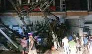 Tai nạn kinh hoàng ở Cát Bà, 4 người thương vong, mất điện diện rộng