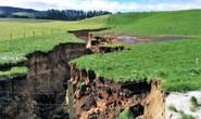 New Zealand: Choáng với hố tử thần sâu bằng tòa nhà 6 tầng
