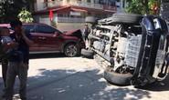Video ô tô Hyundai Tucson tông lật xe bán tải Ford Ranger giữa ngã tư