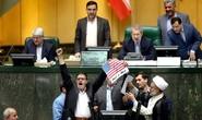 Vụ hạt nhân Iran: Mỹ tự bắn vào chân