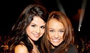 Nhiều sao bảo vệ Selena Gomez trước lời chê xấu xí