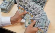 Giá USD tiếp tục dậy sóng, vàng rớt giá mạnh