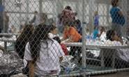 Nước Mỹ sục sôi vì trẻ em trong lồng sắt