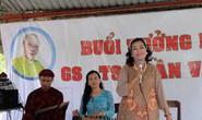 Kỳ nữ Kim Cương khóc thương GS-TS Trần Văn Khê