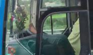 Chủ tịch tỉnh Cà Mau yêu cầu xử lý nghiêm vụ tài xế lái xe bằng chân