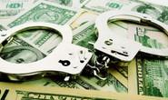 """Giả """"cảnh sát quốc tế"""" chống rửa tiền để lừa đảo cụ bà"""