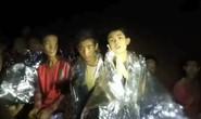 Một giờ định mệnh của đội bóng mắc kẹt ở Thái Lan