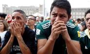 Brazil - Mexico 2-0: CĐV 2 đội đều khóc