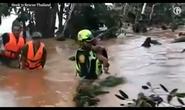 Tình nguyện viên cứu đội bóng Thái Lan tiếp tục cứu bé trai ở Lào