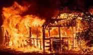 Cháy khách sạn, 5 đứa bé cùng nhà thiệt mạng