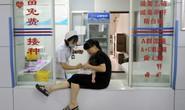 Trung Quốc: Tiết lộ động trời về vắc-xin tiêm vào như ăn dầu cống rãnh