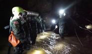 Giải cứu đội bóng mắc kẹt: Dưỡng khí trong hang xuống thấp