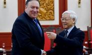 Tổng Bí thư Nguyễn Phú Trọng vui vẻ bắt tay Ngoại trưởng Mỹ Mike Pompeo