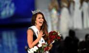 Tân Hoa hậu Mỹ tố cáo bị ban tổ chức thao túng, bắt nạt