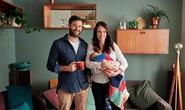 Sinh con được 6 tuần, Thủ tướng New Zealand trở lại làm việc