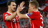 Công nghệ VAR giúp Barcelona và Bayern thoát chết
