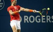 Nadal vào tứ kết Rogers Cup, Djokovic đập vợt vì bị loại