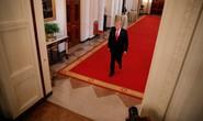 Ông Trump viết bài ẩn danh rung chuyển Nhà Trắng?