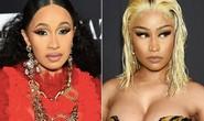 Hai sao nữ đánh nhau mẻ trán tại sự kiện thời trang