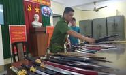 Bắt thêm đối tượng trong đường dây mua bán hung khí vùng ven Sài Gòn