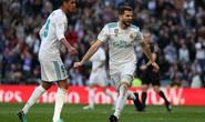 Ronaldo ghi bàn trở lại, Real Madrid đốt nóng đường đua La Liga