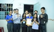 """Thành đoàn TP HCM khen thưởng """"thầy giáo"""" lớp học đặc biệt"""