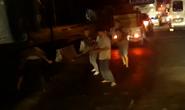 Clip: Nhóm tài xế đánh nhau như… trong phim tại phà Vàm Cống