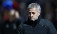 """Mourinho dùng """"quá khứ huy hoàng"""" đáp trả chỉ trích"""