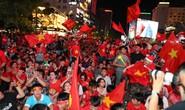 Hàng ngàn CĐV sẽ nhuộm đỏ Hà Nội đón đội tuyển Việt Nam chiều 26-1