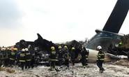 """Cơ trưởng """"suy sụp tinh thần"""", máy bay bốc cháy, 51 người thiệt mạng"""