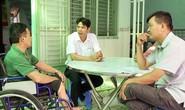 CHƯƠNG TRÌNH XUÂN NHÂN ÁI - TẾT YÊU THƯƠNG: Trao tiền hỗ trợ công nhân bị TNLĐ tại Cần Thơ