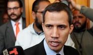 Venezuela tung đòn tới tấp vào tổng thống tự phong