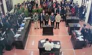 Bất ngờ hoãn tòa xử bác sĩ Hoàng Công Lương, cựu giám đốc BV Hòa Bình Trương Quý Dương