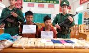Bắt 2 người Lào vận chuyển 100.000  viên ma túy qua biên giới Việt Nam