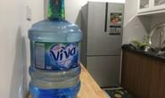 Ngăn chặn chặt chém giá nước đóng chai ở Hà Nội sau vụ nước sông Đà nhiễm dầu