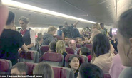 """Hành khách Nga hoảng loạn trên """"chuyến bay từ địa ngục"""""""