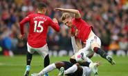 Nghẹt thở đại chiến, Liverpool suýt thua Man United tại Old Trafford