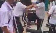 Bộ GD-ĐT lên tiếng vụ nữ sinh bị đánh hội đồng vì chê màu sắc giày của bạn