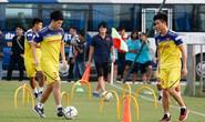 Thầy Park Hang-seo kiên nhẫn với Đình Trọng