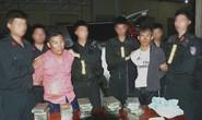 Cảnh sát nổ súng trấn áp 2 kẻ buôn 30 bánh heroin, 6.000 viên ma túy đi ôtô manh động chống trả