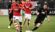 Dứt điểm kém, Man United mất ngôi đầu Europa League