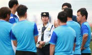 U22 Thái Lan hủy tập, Indonesia than trời vì tắc đường, Việt Nam đổi khách sạn trước trận gặp Brunei