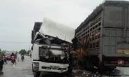 Hai xe tải đối đầu, 4 người bị thương nặng