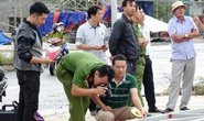 Dựng xà gồ thi công, 11 người bị điện giật thương vong