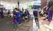 Công khai đày đọa trẻ em giữa phố