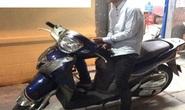 Táo tợn xô phụ nữ cướp xe SH ở TP HCM