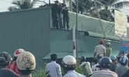 Kéo cáp viễn thông ở Phú Quốc, 2 sĩ quan quân đội bị điện giật thương vong