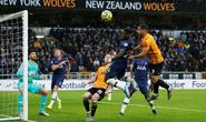 Tottenham thoát hiểm phút 90+1, Mourinho qua mặt… Man United